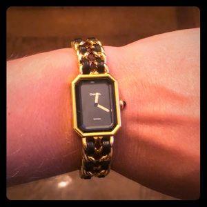 Auth Vintage Chanel 1987 Premiere Quartz Watch